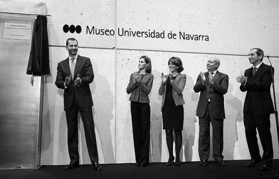 2015_BLOG MDANAVARRA_SOBRE LA VIDA EN LA ESCUELA_Inauguración del Museo de la Universidad de Navarra _Rafael Moneo__REYES DE ESPAÑA_03