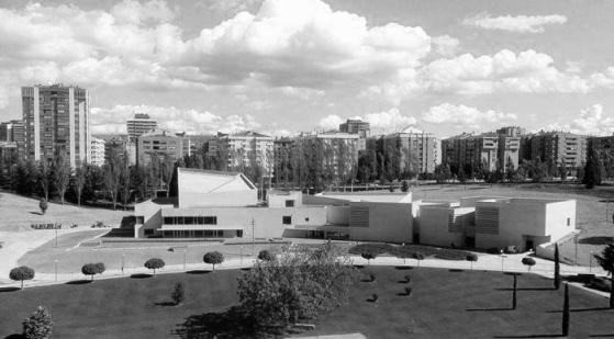 2015_BLOG MDANAVARRA_SOBRE LA VIDA EN LA ESCUELA_Inauguración del Museo de la Universidad de Navarra _Rafael Moneo__REYES DE ESPAÑA_04